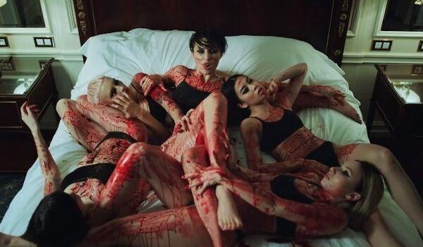 «То чувство, когда лучше чем в Голливуде»: MARUV представила дерзкий клип к песне Siren Song