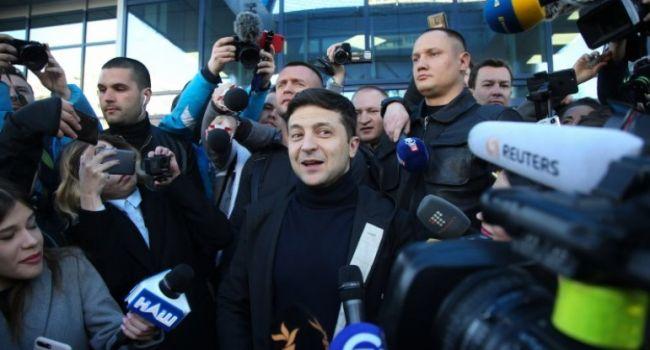 Политолог: это шах и мат всем украинским политикам – сегодня в предвыборной кампании Зеленского наступил день «упс!»