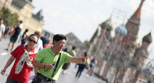 Эксперты назвали страну, жители которой чаще всего посещают Россию