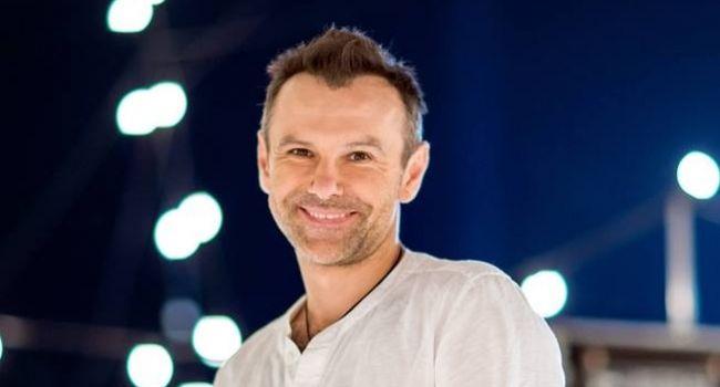 Через полгода Вакарчук утрет нос Порошенко с Зеленским, – блогер
