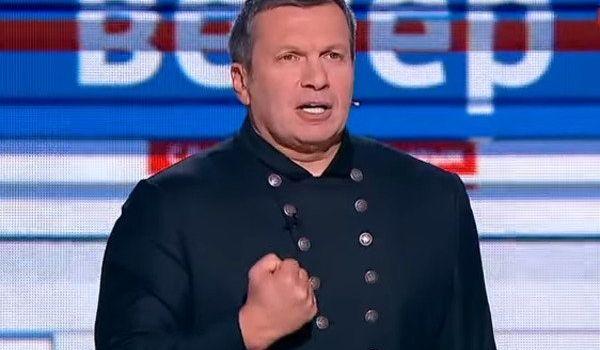 «Просто дам по башке тапком!»: Соловьев вступил в перепалку с украинским политологом