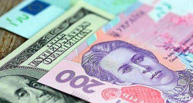Эксперты удивлены текущим укреплением гривны, и ожидают дальнейшего ослабления доллара