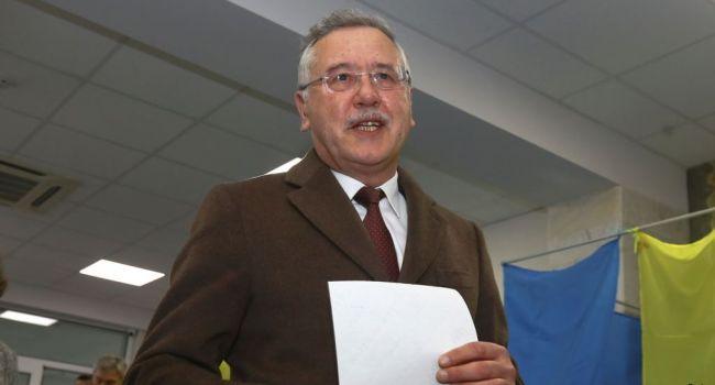 Блогер: мне за свой выбор в поддержку Порошенко не стыдно, а вот сторонники Гриценко должны задуматься