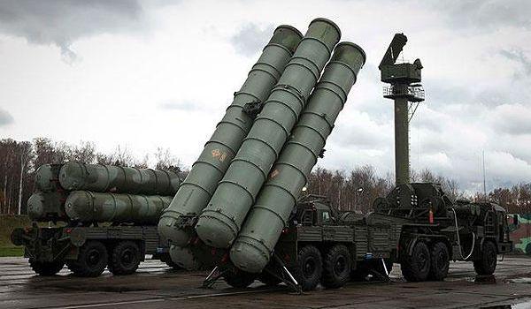 РФ задействовала в Крыму ракетные комплексы С-400