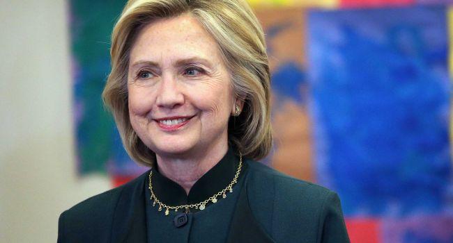 Из политика в бабушки: Хиллари Клинтон перестала за собой следить