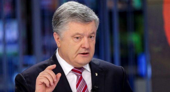 Политолог: «Развешивая баннеры с Путиным, Порошенко мобилизует пророссийский электорат»