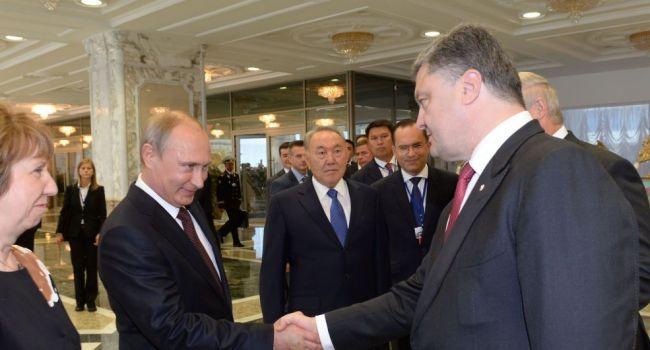 Медведев рассказал, как Порошенко посылал Путина при встречах