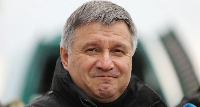 Нусс: Аваков вмешивается в избирательный процесс на стороне Владимира Зеленского