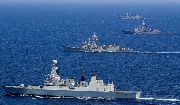 РФ перебросила ударную группировку кораблей против НАТО: подробности