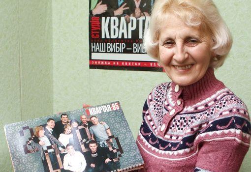 «Он не будет воровать и не даст никому воровать»: мама Владимира Зеленского снова пообщалась с журналистами
