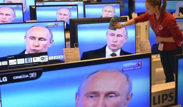 Украинцы по-прежнему смотрят российское телевидение: активисты оценили влияние Кремля на выборы в Украине
