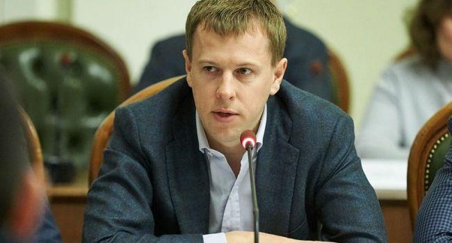 «Большинство депутатов голосовали за Зеленского»: соратник Януковича заявил о поддержку лидера «95 квартала»