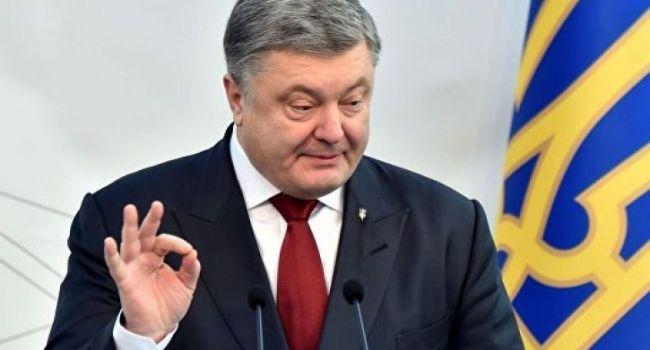 Журналист: «Порошенко и его медиаобслуга начали раздражать, как наглые уголовники»