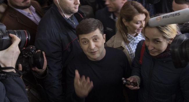 Обозреватель: хоть Зеленский и является проектом Коломойского, но феномен «Лже-Нерона» никто не отменял