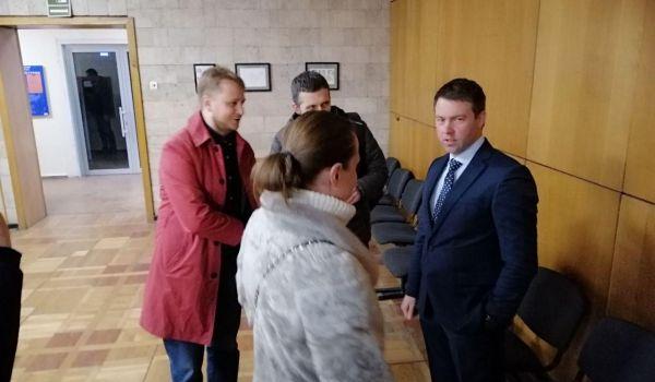 Представители ЦИК и Зеленского загнали истца «под плинтус»: суд удалился на совещание