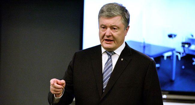 Журналист: поражение Порошенко оставляет ему мало шансов на сохранение себя в политике