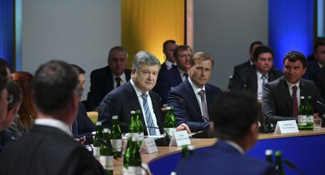 Политолог: часть глав райадминистрацией была против Порошенко, саботировав реформу децентрализации на местах