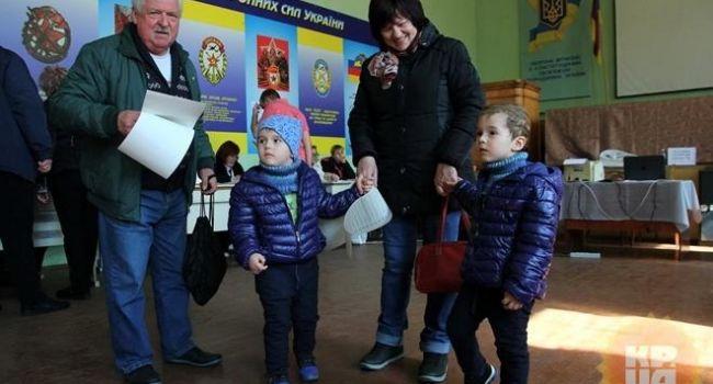 Казанский: в Донецкой области живут люди, которые голосуют, как инопланетяне, либо результат выборов там просто сфальсифицирован