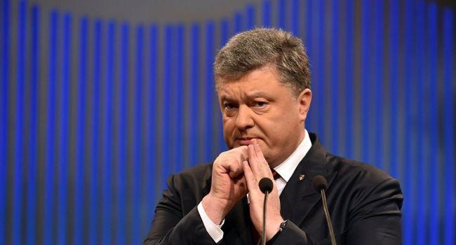 Блогер: «Гадить у Порошенко теперь стараются на всех уровнях»
