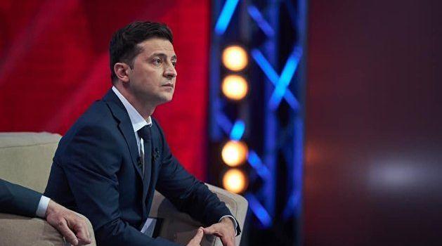 «Ждали, пока Зеленский покажет свое истинное бандеровское русофобское лицо»: Цимбалюк высказался относительно скандала с паспортами