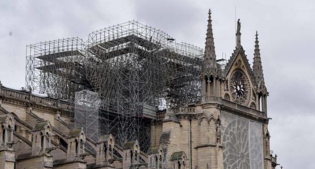 Эксперты призывают Макрона отказаться от быстрого восстановления собора Парижской Богоматери