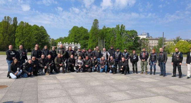 Польские пограничники выдворили «Хирурга» и остальных байкеров Путина