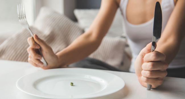 Интервальное голодание: эксперты рассказали о популярности новой системы питания