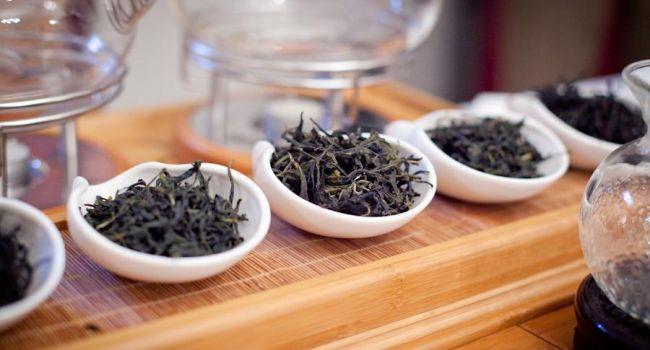 Диетологи назвали самый вредный чай для снижения веса