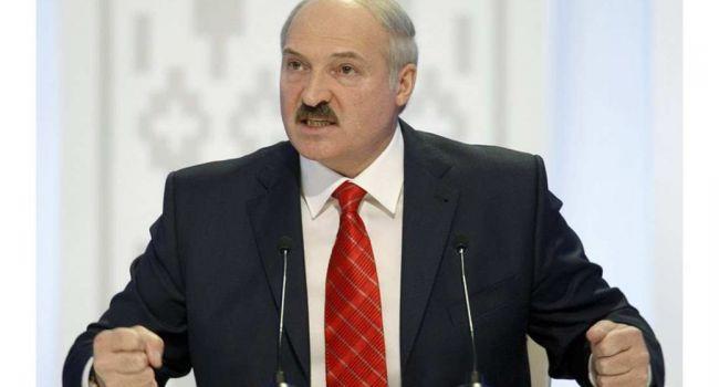 «Батька в ярости»: Лукашенко хочет получить компенсацию от Путина