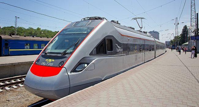 Омелян о перспективе увеличения количества скоростных поездов
