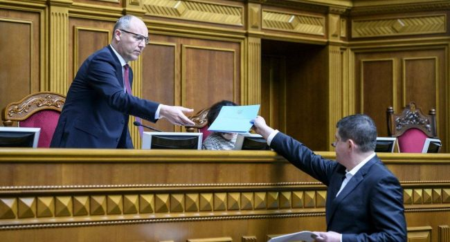 Журналист: «Нужно возбудить дело против «Народного фронта»