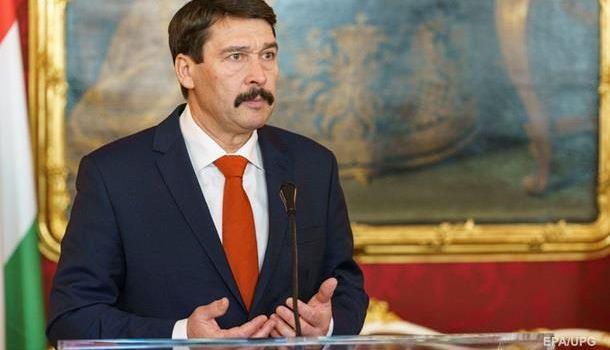 Президент Венгрии рассказал об обнадеживающих переговорах с Зеленским