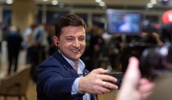 Куда должен полететь Зеленский? Новому гаранту назвали самые важные страны для Украины