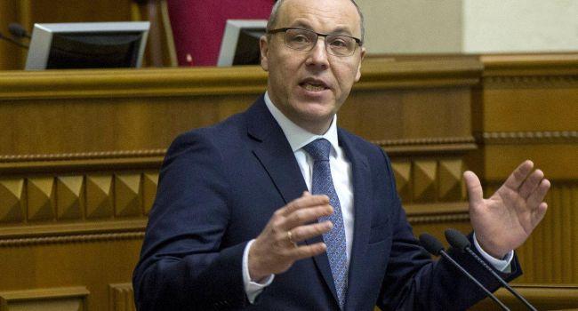 Парубий срочно созывает парламент голосовать за изменения в избирательное законодательство