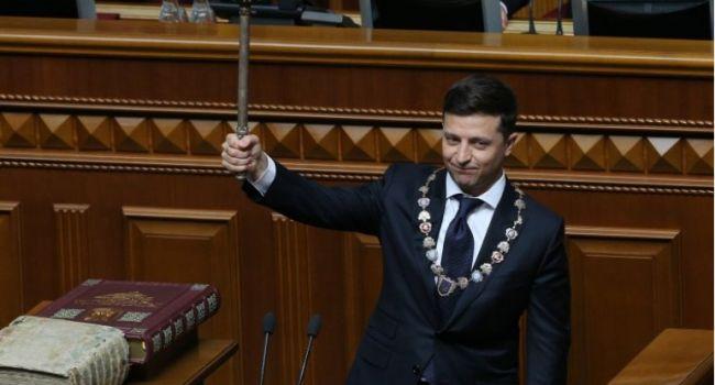 Депутаты попали под шантаж, никто не хочет, чтобы его смешали с дерьмом, – политтехнолог