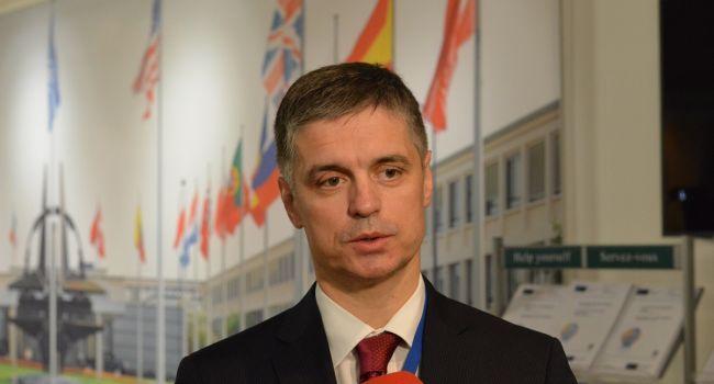 У Зеленского просят, чтобы участники Нормандского формата рассказали, о чем они там договорились за спиной Украины