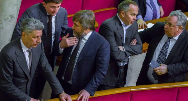 Регионалы хотят идти на выборы, как оппозиция Зеленскому, а комплименты Левочкина в адрес Владимира – не в счет