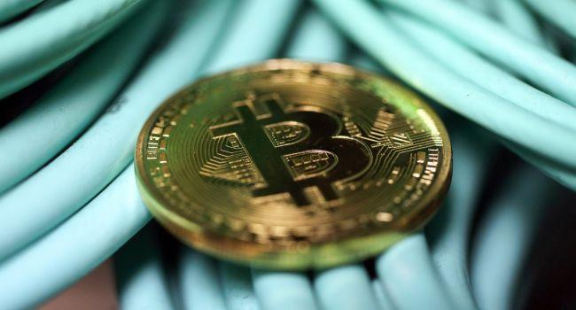 Аналитики назвали идеальное время для покупки биткоина