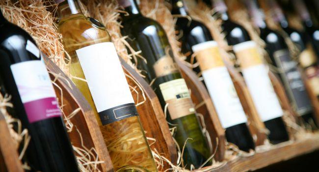 Сколько можно хранить вино: делится опытом ALCOMAG