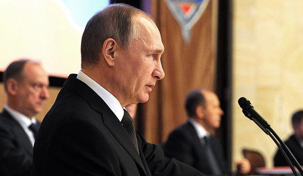 «Медленно прозревают»: эксперт указал на интересный момент в падении рейтинга Путина