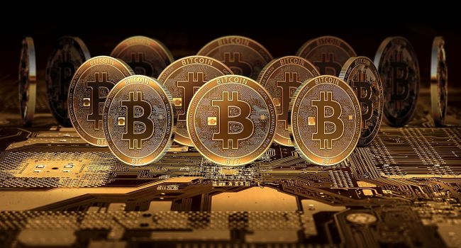 Если курс биткоина пробьет отметку 10 тысяч долларов, то он может расти до бесконечности - аналитики