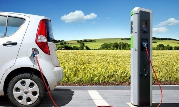 Наличие зарядных станций для электрокаров будет обязательным условием при строительстве новых парковок в Украине