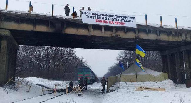 Ахметову и Таруте вернут их предприятия в ОРДЛО