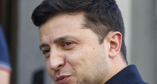 Журналист: «Администрация Зеленского только что поняла, кто писал им тезисы на поездку в Брюссель, и это смешно»