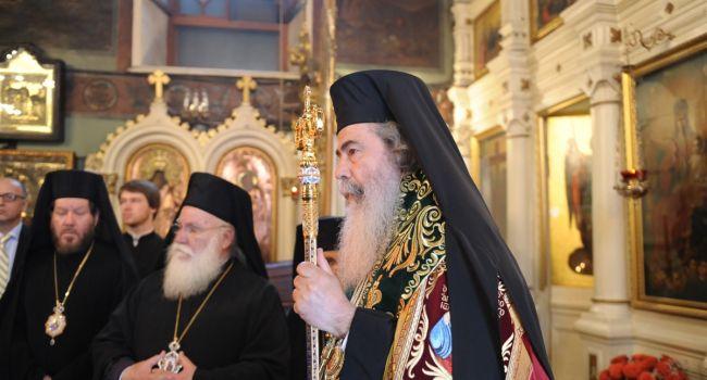 Обозреватель: Путин просит Феофила о примирении с РПЦ и намекает на то, что хватит уже турецкому епископу хозяйничать в православном мире