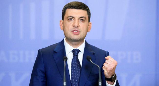 Надежды Гройсмана напрасны – у него нет шансов остаться в кресле премьера при президенте Зеленском, – аналитик