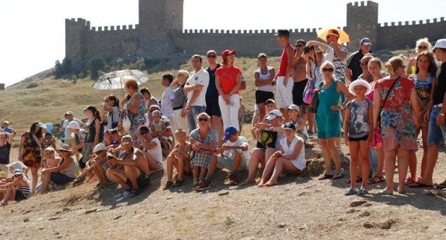 В Крыму рассказали о 100 тысячах иностранных туристов