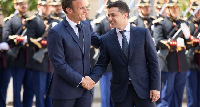 Порошенко больше нет, Макрон принялся уговаривать Зеленского начать разговаривать с Донбассом на прямую