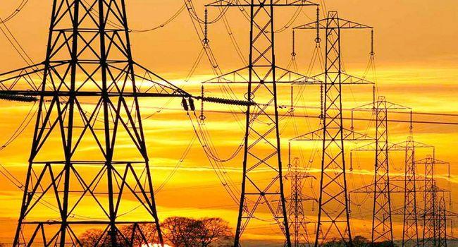 Удар Путину ниже пояса: государства Балтии отключают электросети от России