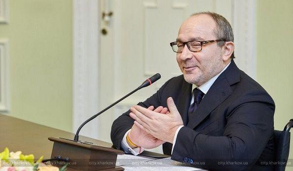 Кернес подписал скандальное решение по переименованию проспекта Жукова
